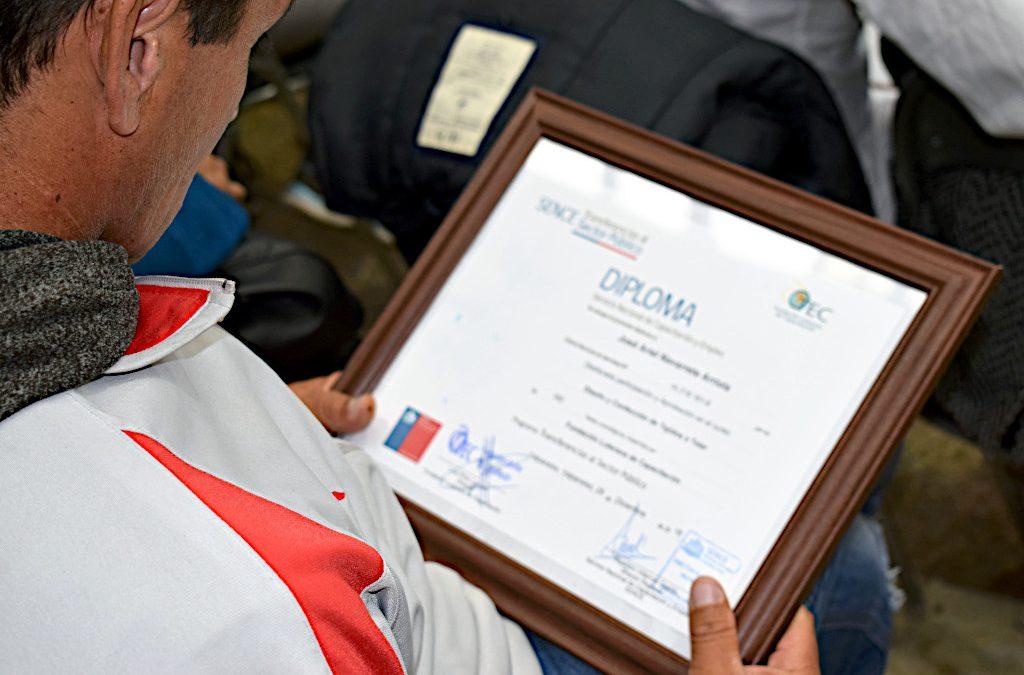 """Certificación Cursos """"Diseño y Confección de Tejidos a Telar"""""""
