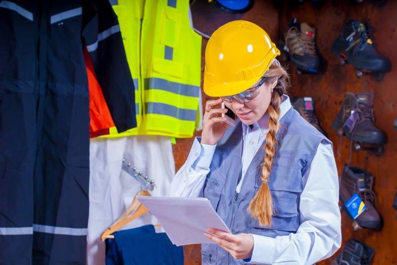 Corte y Confección de Ropa Industrial